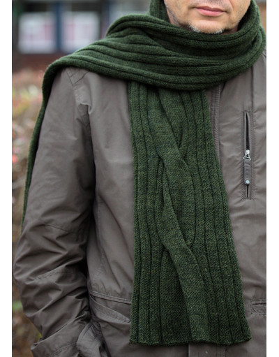 Perfect man knit scarf