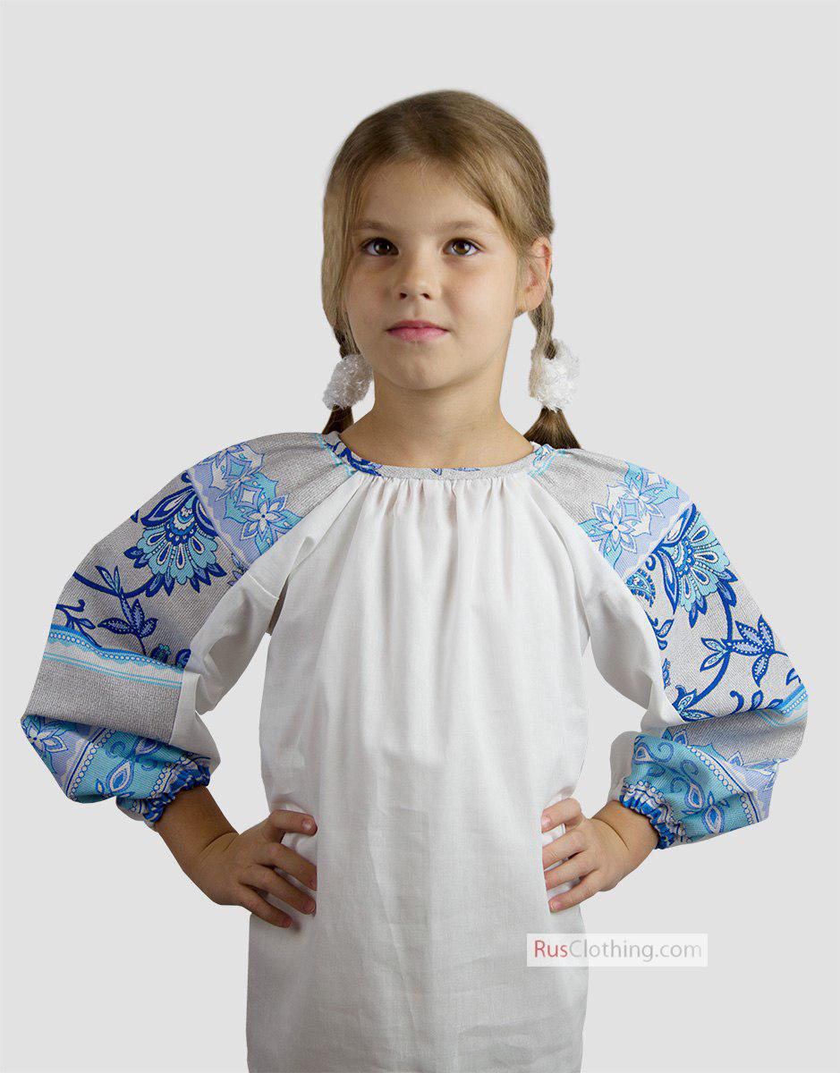 A peasant shirt brings fun to fashion. Traditional shapes mix with modern updates for looks that impress. Girls, juniors and women's options are perfect for every day.