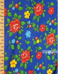 Tissu coton fleuri au metre ''Roses On Blue Field''}