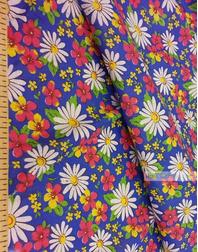 Tissu coton fleuri au metre ''Daisies On Blue''}