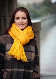 Sunny hand knit scarf