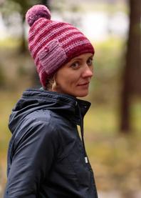 Pocket hand knit hat