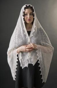 Russian lace shawl ''Elegance''