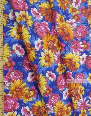 Tissu Russe Fleuri ''Wildflowers On A Bright Field (Blue)''}