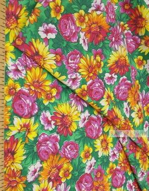 Tissu Russe Fleuri ''Wildflowers On A Bright Field (Green)''}