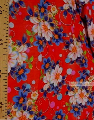 Tissu Russe Fleuri ''Bright Flowers On The Red Field''}