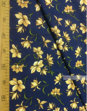 Tissu coton fleuri au metre ''Magnolia Flowers On A Blue Field''}