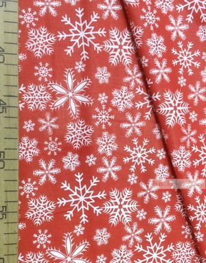 Tissu coton rouge au metre''White Snowflakes On Red''}