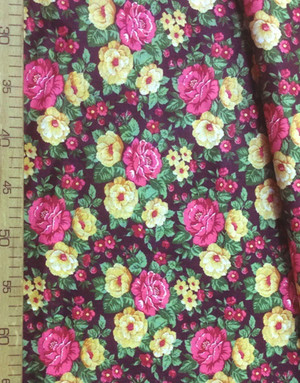 Tissu coton fleuri au metre ''Pink, Yellow Flowers On Maroon''}