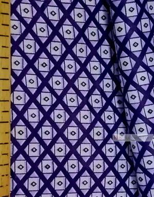 Tissu géométrique au metre ''Blue Square On White''}
