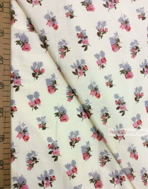 Tissu coton fleuri au metre ''Rose On Vanilla''}