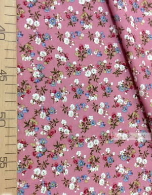 Tissu Viscose Imprimé au metre ''Bouquet Of Flowers On Pink''}