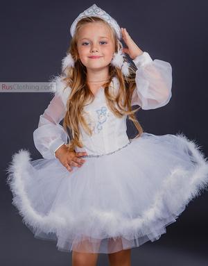 Christmas costume girl