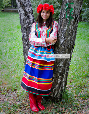 Polish folk costume women