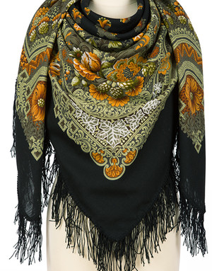 Wool shawl ''Velvet night''