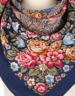 Wool shawl ''Flower fairy''