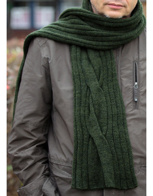 Perfect man knit scarf