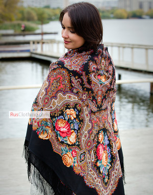 Wool shawl ''Spanish wine'' #18 (black)
