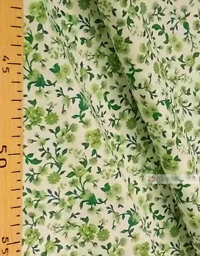 Tissu coton fleuri au metre ''Small Green Flowers On A White Field ''}
