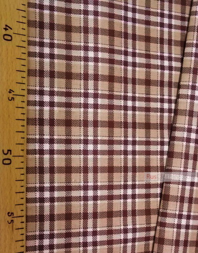 Geometric Print Fabric ''Beige-Brown Plaid On White''}