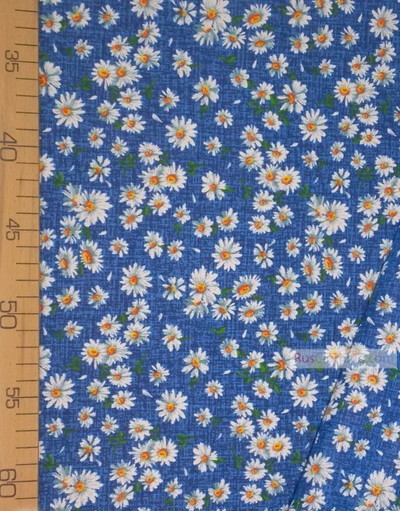 Tissu coton fleuri au metre ''Medium-Sized Daisies On Blue''}