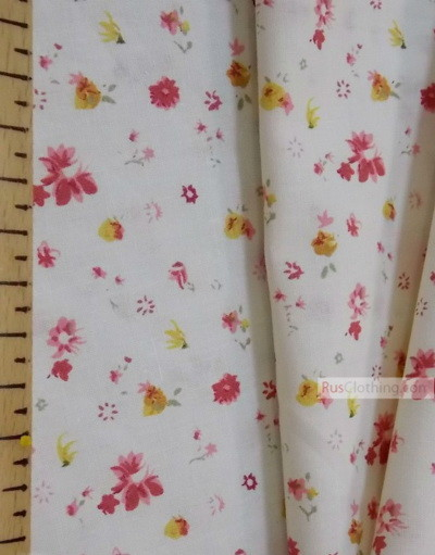 Vintage Fabric Prints by the yard ''Flowers On A Soft Cream Field''}