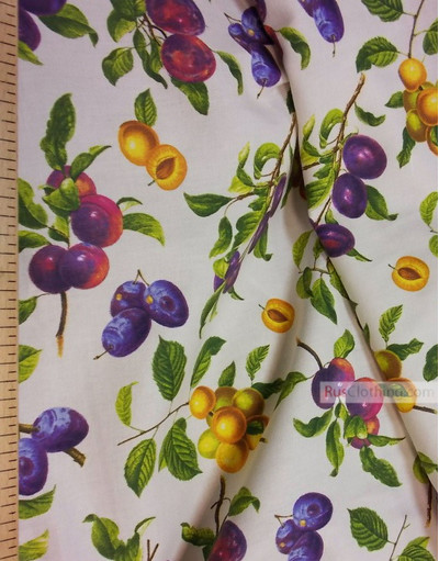 Tissu vintage folklorique au metre''Plum On Light Beige''}