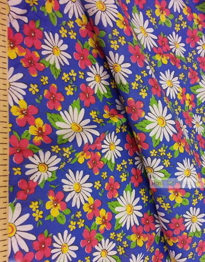 Floral cotton fabric by the yard ''Daisies On Blue''}