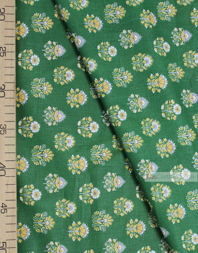 Tissu Folklorique au Metre ''Ornament Thistle On Green ''}