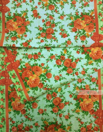 Floral cotton fabric by the yard ''Roses On Light Green''}