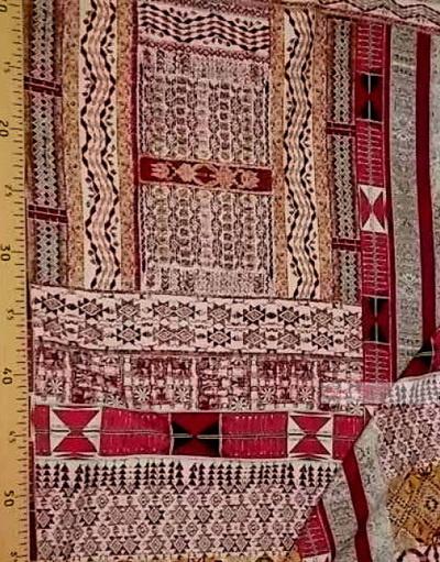 Tissu Viscose Imprimé au metre ''African Raspberry Coupon On Beige''}