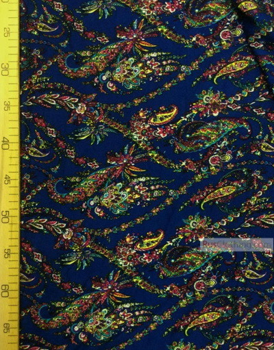 Tissu Viscose Imprimé au metre ''Garland On Blue''}