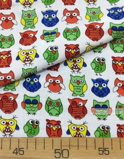 Tissu Viscose au metre ''Coloured Owls On White''}