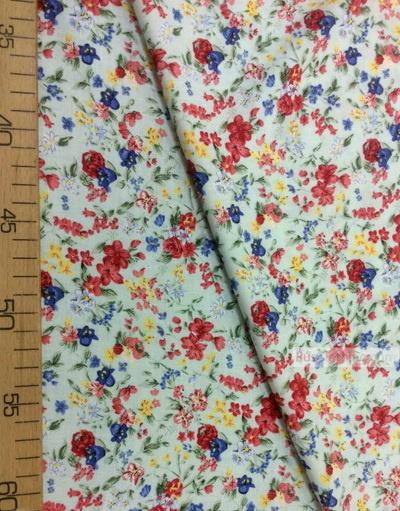 Tissu Viscose Imprimé au metre ''Red And Blue Flowers On Mint Field''}