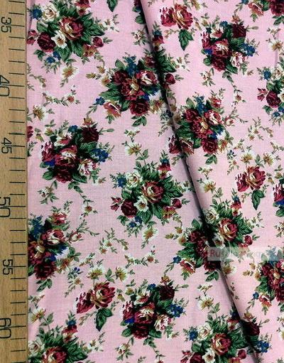 Tissu Viscose Imprimé au metre ''A Bouquet Of Burgundy Roses On A Light Pink Field''}