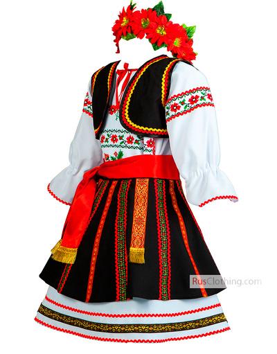 traditional dress of Moldova