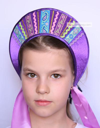 kokoshnik headpiece