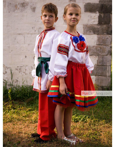 Ukrainian costume for kids