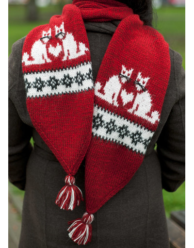 Kitty hand knit scarf