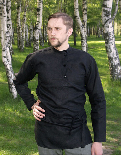 black linen shirt of Tolstoy