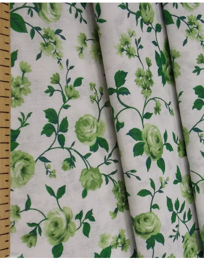 {[en]:Russian pattern cotton fabric Green roses}