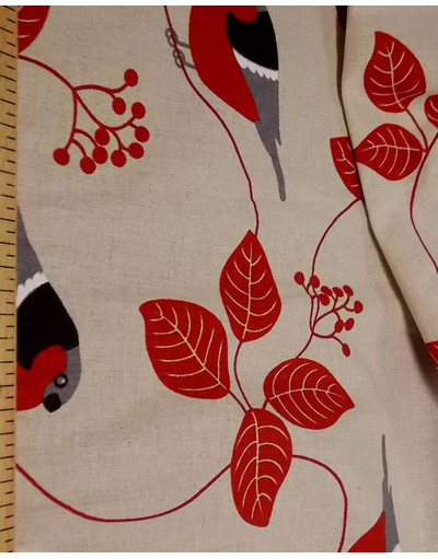 {[en]:Russian pattern cotton fabric Bullfinches on mountain ash}