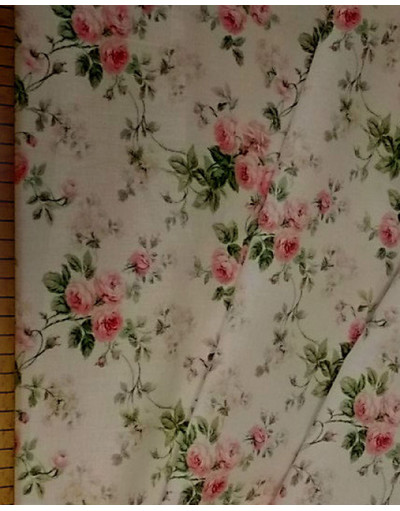 {[en]:Floral fabric by the yard Delicate roses}