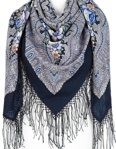 Wool shawl 'Enchantress Winter''